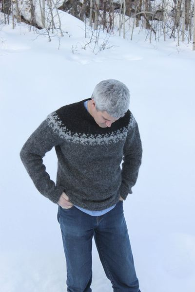 Satt Sweater B 012211