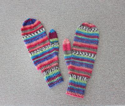 Striped mitts 022811 B