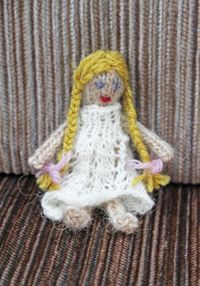 Little doll 3 040513