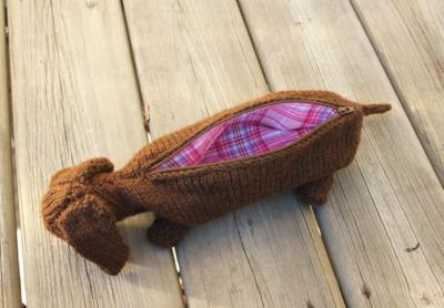 It's a dachshund! It's a pencil case!