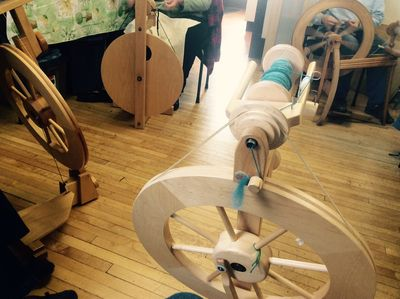 Weavers guild spinning 1104151