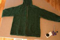 Green_jacket_zipper_in_progress_101