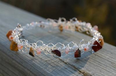 Wire_bracelet_c_111907