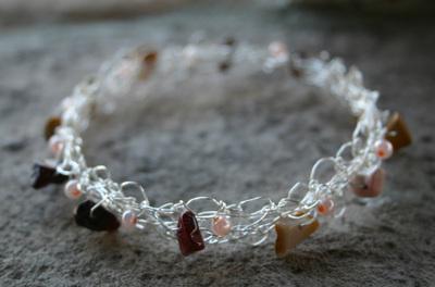 Wire_bracelet_e_111907