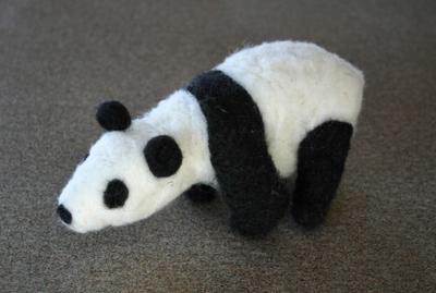 Needle_felted_panda_1_031608