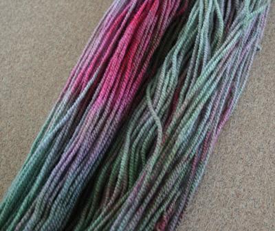 Green_and_pink_yarn_041208_2