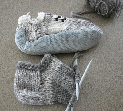 White_buffalo_slippers_042108