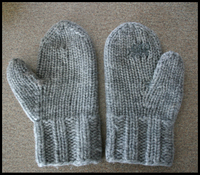 White_buffalo_mitts_front