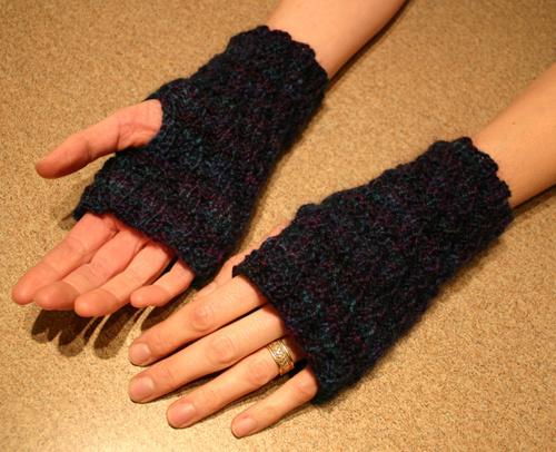 Spiral Rib Hand Warmers