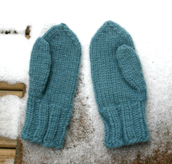 Blue Mitts